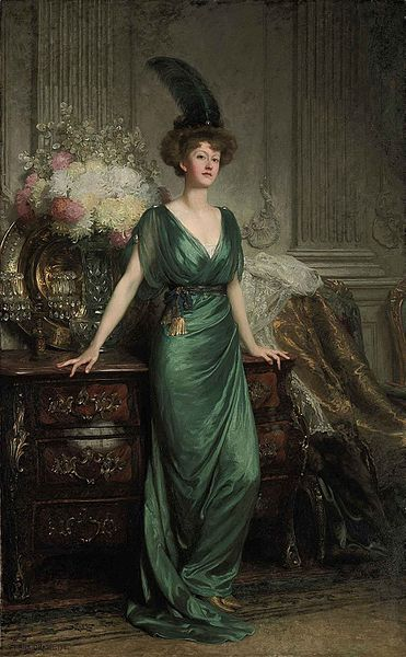 371px-Frank_Dicksee_-_Portrait_of_the_Hon._Mrs_Ernest_Guinness.jpg